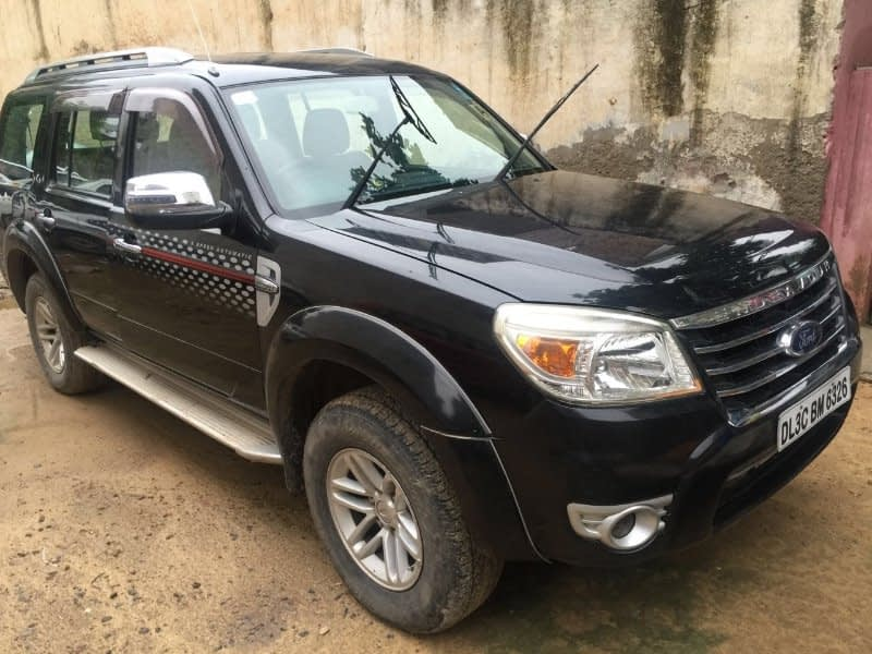 Ford Endeavour Trend 3.2L 4X4 AT