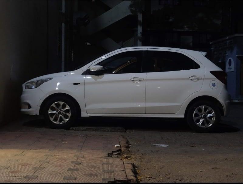 Ford Figo titanium 1.5 tdci