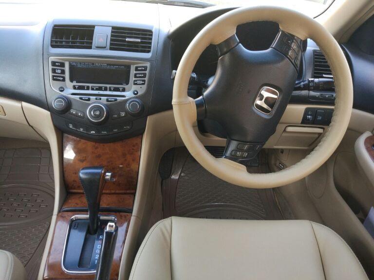 Honda Accord  2.3 VTi L AT