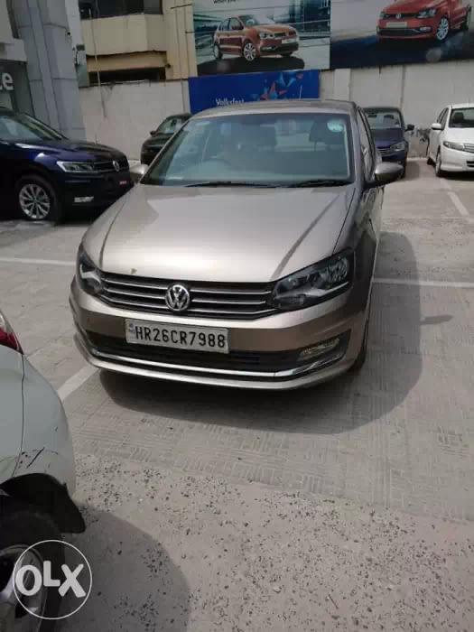 Volkswagen Vento  1.2 TSI Highline AT