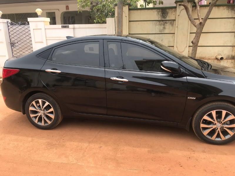 Hyundai 4S Fluidic Verna  sx optional
