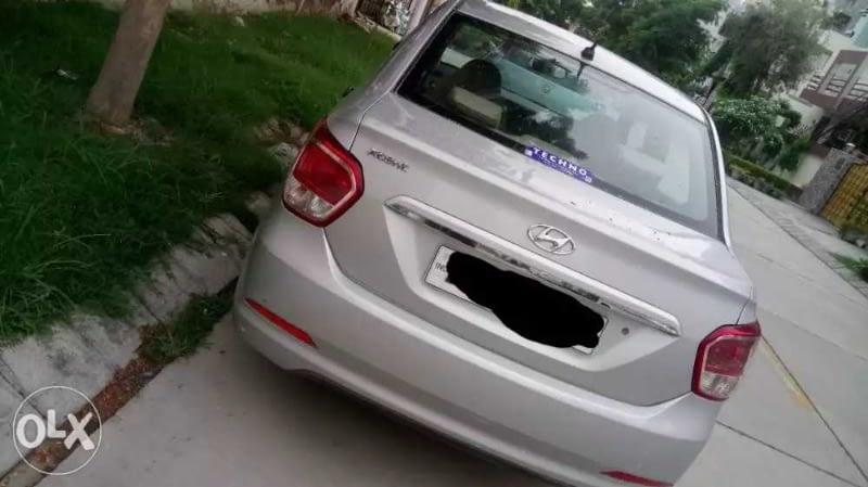 Hyundai Xcent Base 1.2